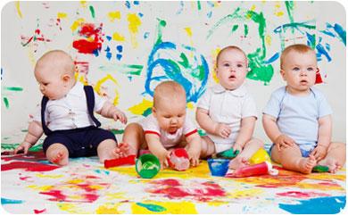 Пальчиковые краски - отличная забава для малышей
