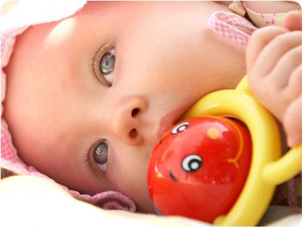 Необходимые игрушки для детей до года