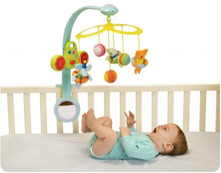 Мобиль на кроватку для малыша