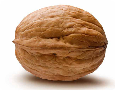 Грецкий орех в скарлупе