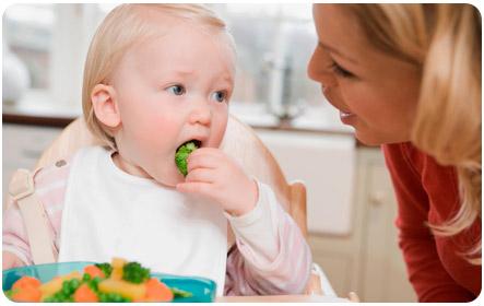 Рацион питания годовалого ребенка разнообразен