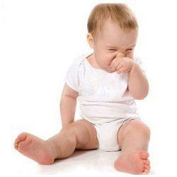Основные причины частого чиханья малышей