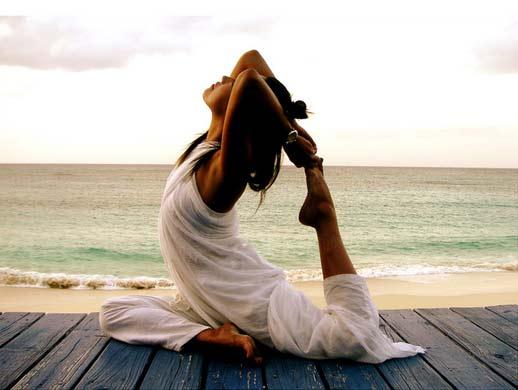 Йога благотворно влияет на организм беременной