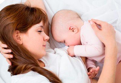 Наблюдайте за поведением и самочувствием малыша после выпитого вами кофе