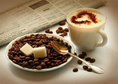 Пейте натуральный молотый кофе, причем в первой половине дня и после кормления ребенка