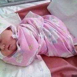 Как запеленать новорожденного