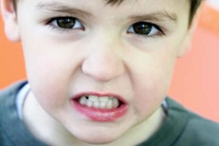 Бруксизм у детей причины