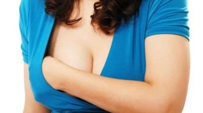 Через 3-6 дней после гибели плода грудь становится мягкой, уменьшается в объеме, возможны выделения молозива