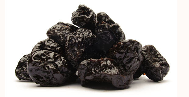 Чернослив содержит железо, калий и клетчатку