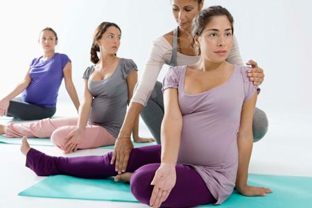 Гимнастика для беременных с инструктором