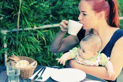 Кормящей маме лучше выпить чаю