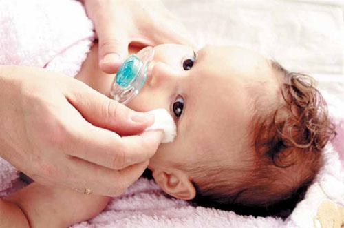 Лечение ячменя у новорожденного