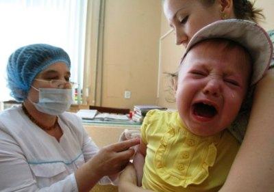 Любая вакцинация должна проводиться медицинским работником в условиях клиники