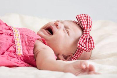 Малыш может плакать во сне