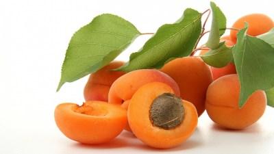 Можно ли абрикосы при грудном вскармливании