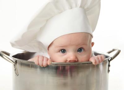 Не торопитесь выдать норму еды своему малышу