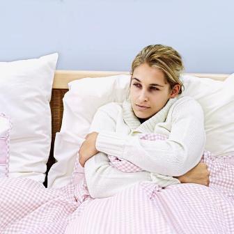 Озноб и повышенная температура могут быть признаками замершей беременности