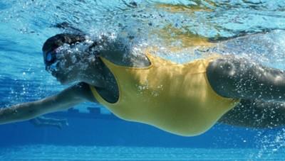 Плавание полезно беременным