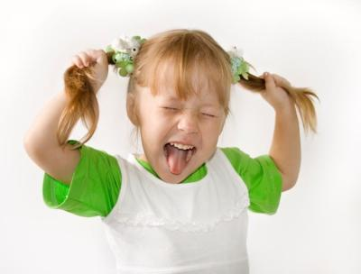 Ребенок 2 года часто психует и капризничает - что делать