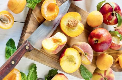 Рекомендации по употреблению персиков при грудном вскармливании