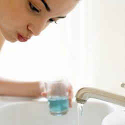 Можно ли полоскать горло фурацилином при беременности