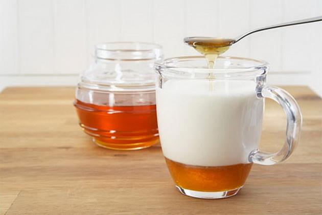 Мед с молоком при беременности