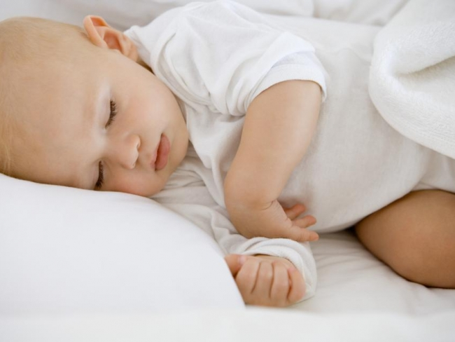 После купания новорожденный лучше спит