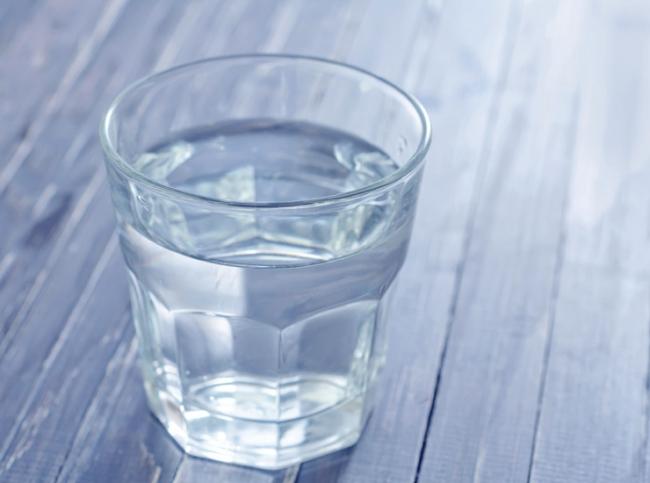 В первый день после кесарева можно только воду