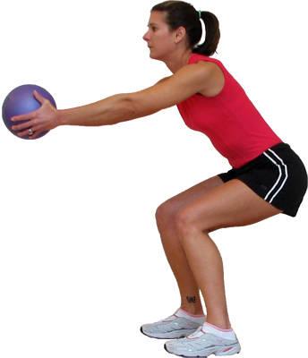 Приседания с мячом для похудения после родов
