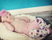 Ребёнок в марлевом подгузнике