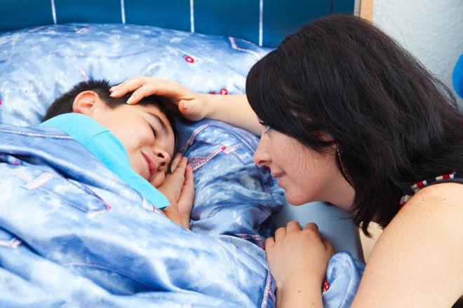 Укладывание ребёнка в кровать