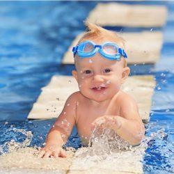 Грудничковое плавание: теория и практика