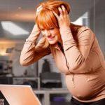 Будущая мама переживает стресс
