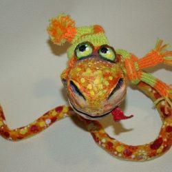 Идея поделки — Змея папье-маше для детей