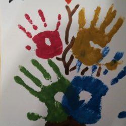 Рисунок - дружная семья